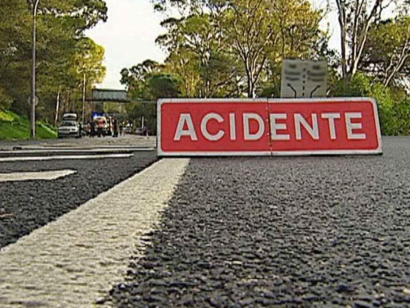 Resultado de imagem para Um português morre e outro fica ferido em despiste de automóvel na Galiza