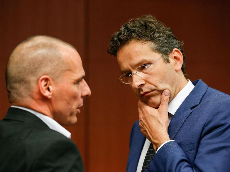 Yanis Varoufakis e Jeroen Dijsselbloem [Foto: EPA]