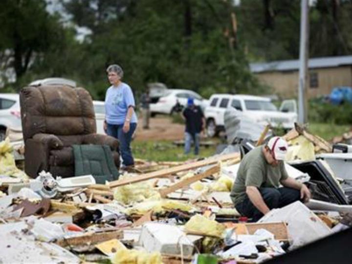 Destruição em Nashville [Foto:Twitter]