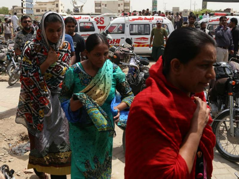 Paquistão: homens armados atacam autocarro (Lusa/EPA)