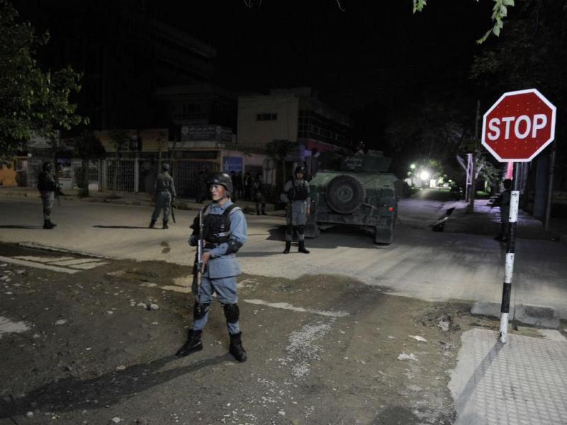 Ataque a hospedaria em Cabul [Foto: EPA]
