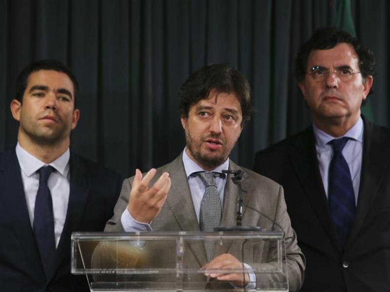 António Leitão Amaro (E) Miguel Poiares Maduro (C) e Manuel Castro Almeida (D)
