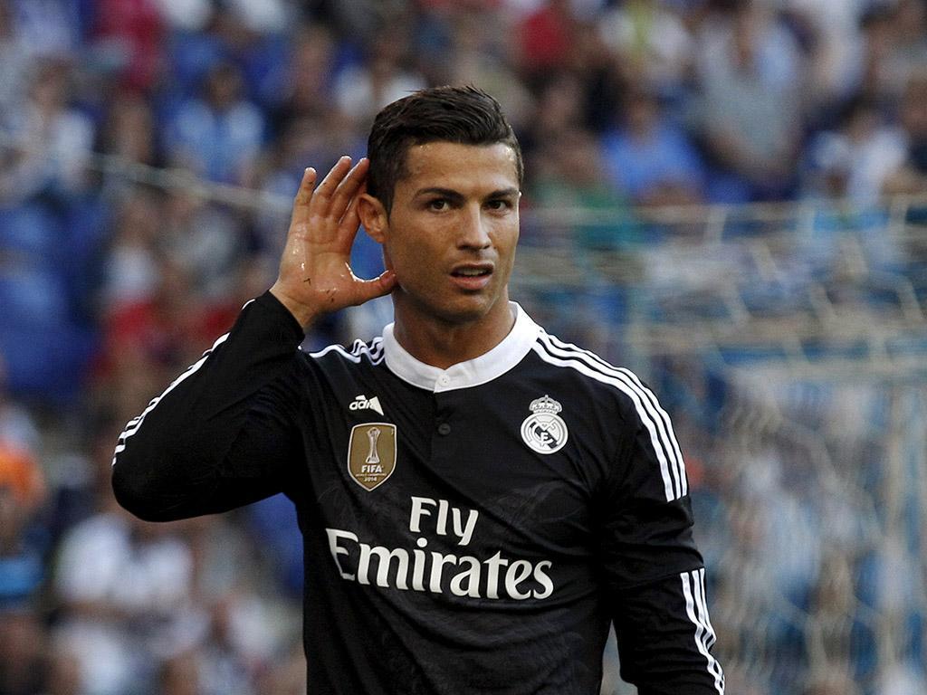 Cristiano Ronaldo vende direitos de imagem ao dono do Valencia