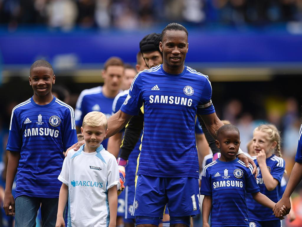 Drogba (Reuters/ Tony O'Brien)