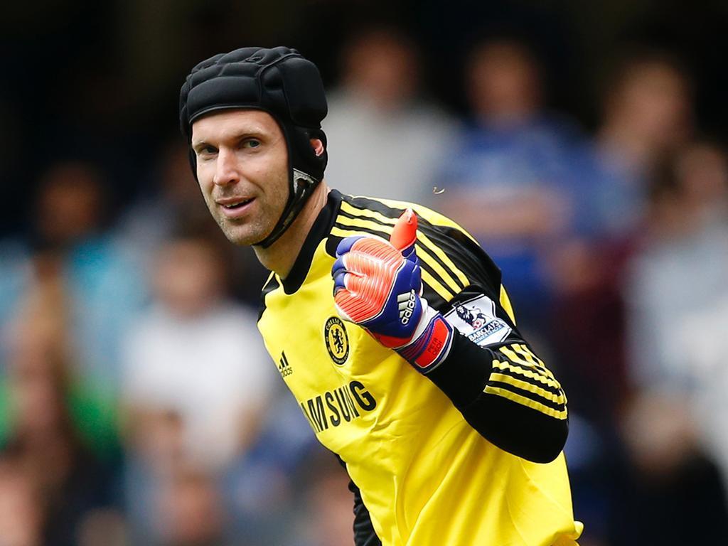 OFICIAL: Petr Cech é reforço do Arsenal