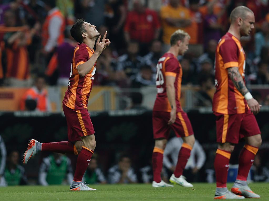 Galatasaray-Besiktas (EPA)