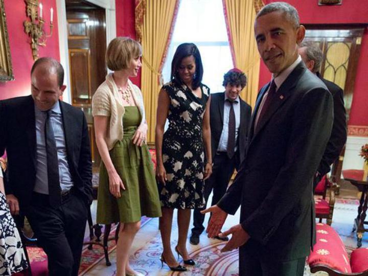 Barack Obama assiste a birra de criança [Foto:Twitter]