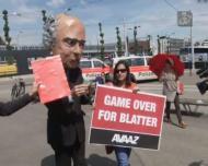 Dia de votação na FIFA: protestos e muita indecisão