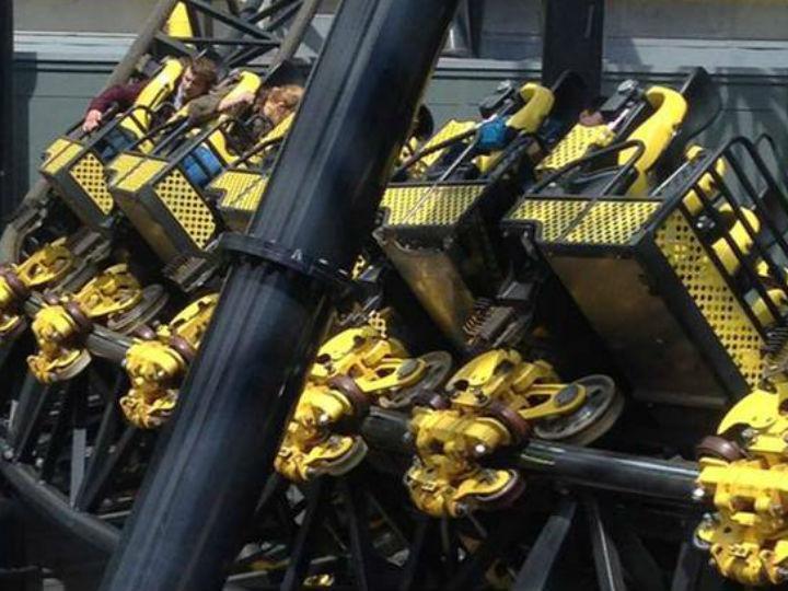 Acidente em montanha russa do parque Alton Towers, em Inglaterra