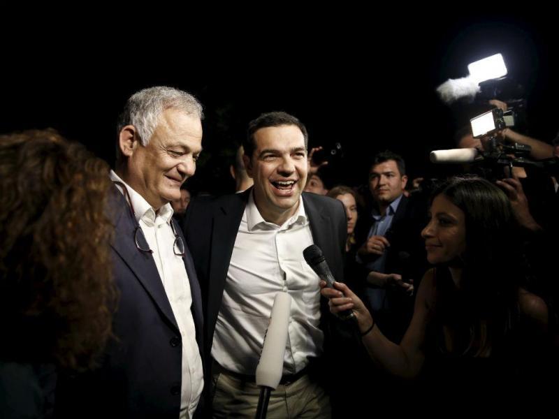 Reabertura da televisão pública grega (Reuters)