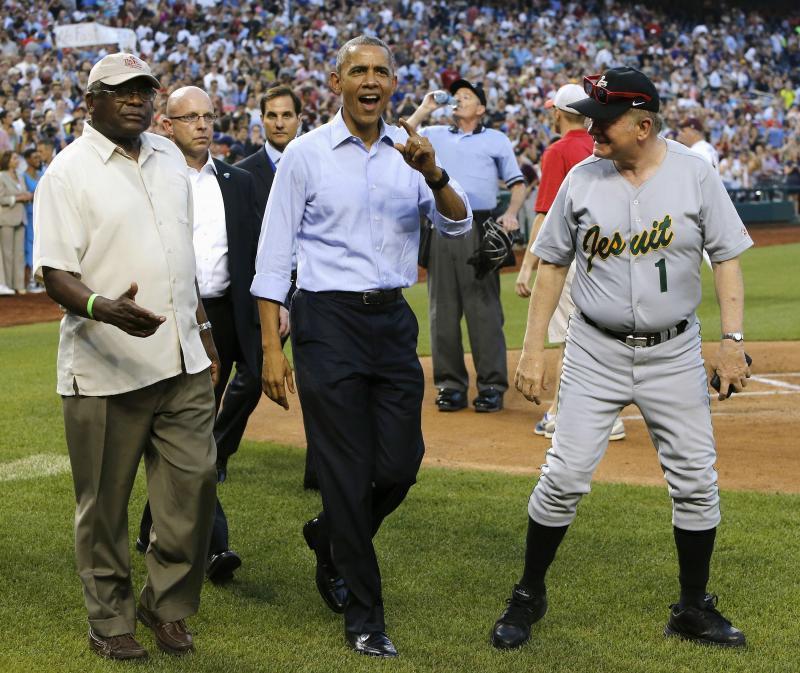 Presidente dos EUA em jogo anual de Baseball entre congressistas (REUTERS/Jonathan Ernst)