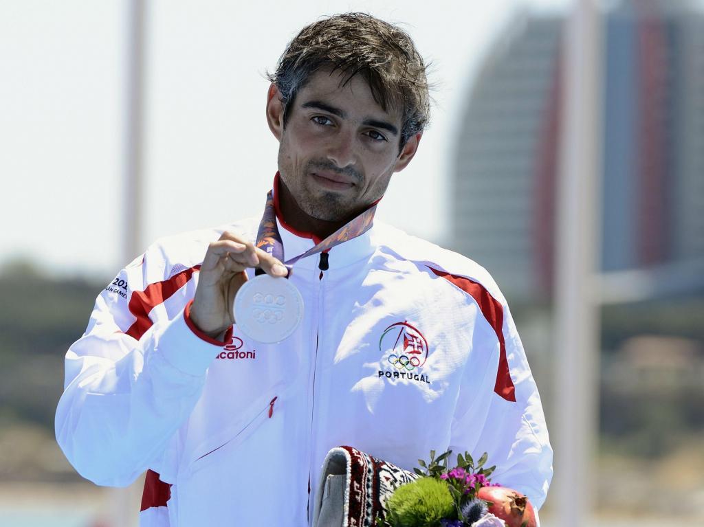 João Silva medalha de prata no triatlo nos Jogos Europeus