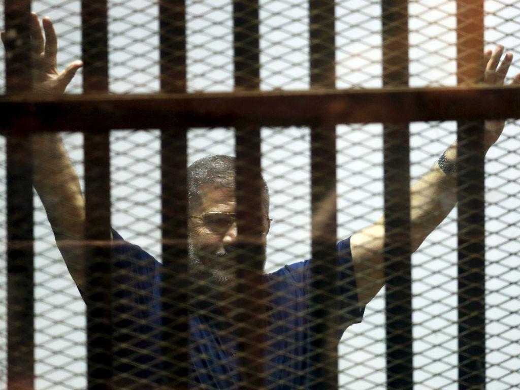 Ex-presidente do Egito, Mohamed Morsi, durante um dos seus julgamentos