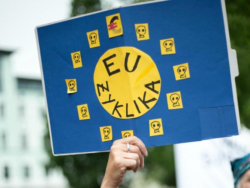 Manifestantes exigem rumo mais solidário da Europa face à Grécia [Lusa]