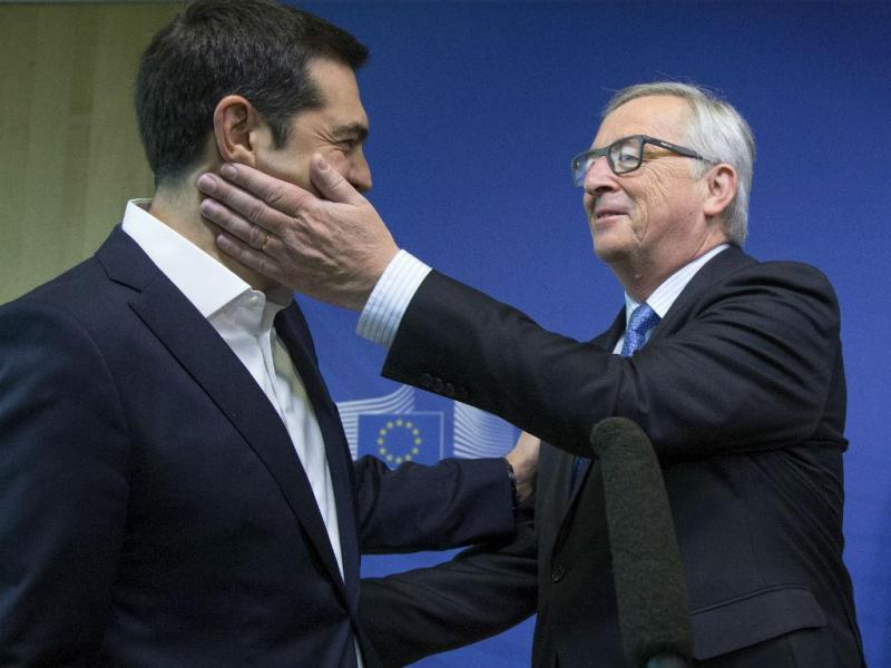 Tsipras e Junker (Reuters)