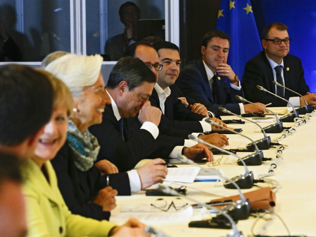 Cimeira Europeia para discutir o futuro da Grécia (EPA/Olivier Hosleti)