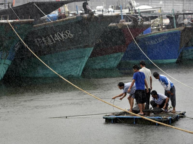 Tufão Kujira [Reuters]