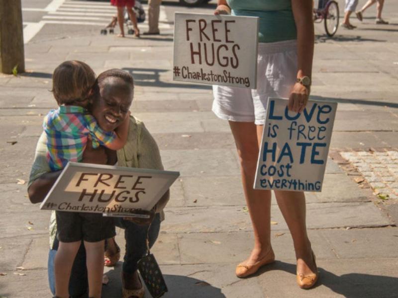 O abraço que se tornou viral