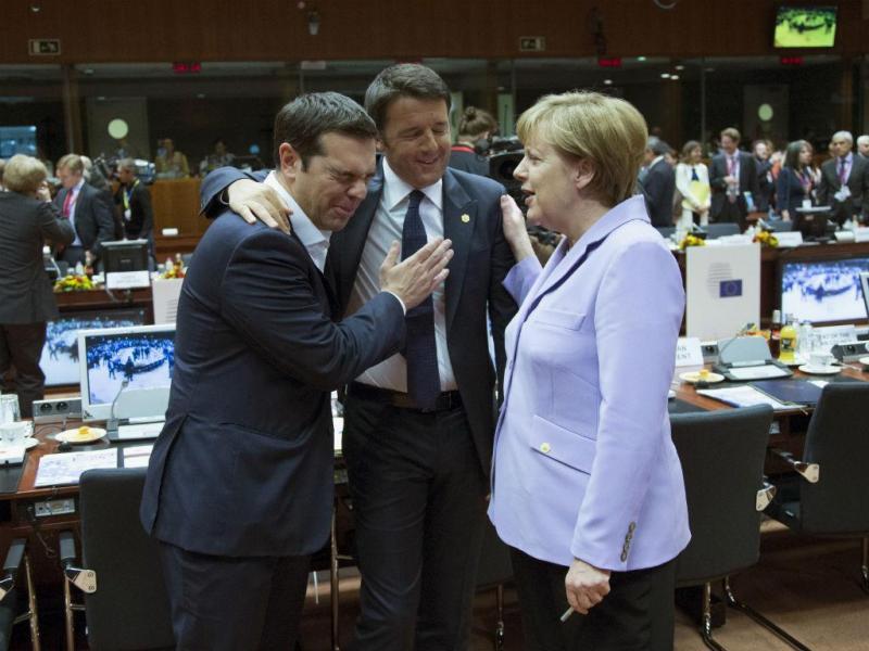 Alexis Tsipras, Matteo Renzi e Angela Merkel (Reuters)