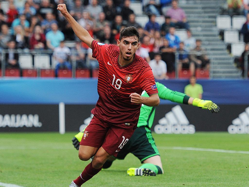 Árbitro eslovaco dirige decisivo jogo de Portugal frente à Macedónia