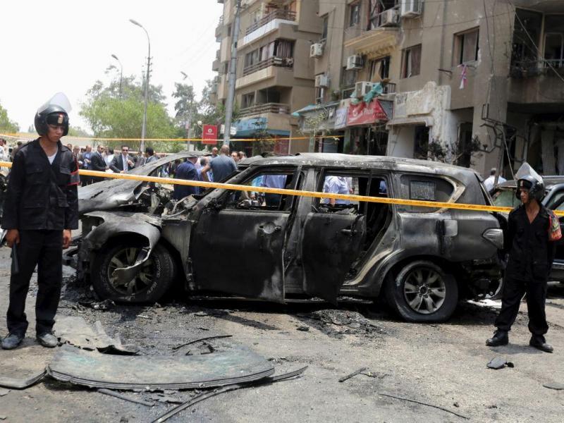 Ataque bombista no Cairo (Reuters)