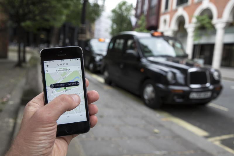 Dois gestores da Uber detidos em França