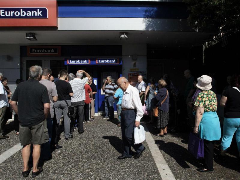 O desespero dos pensionistas gregos em dias de incerteza (LUSA/EPA)