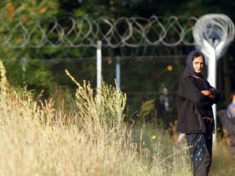 Imigrante entra ilegalmente na Hungria (Reuters)