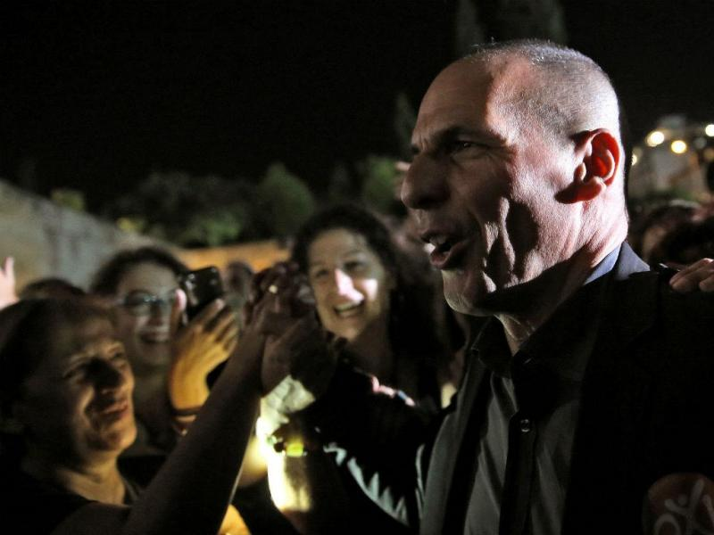 Varoufakis - Tsipras discursa na praça de Syntagma [Reuters]