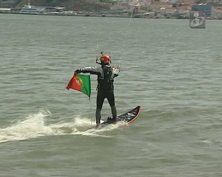 Kitesurfer Francisco Lufinha a caminho da Madeira