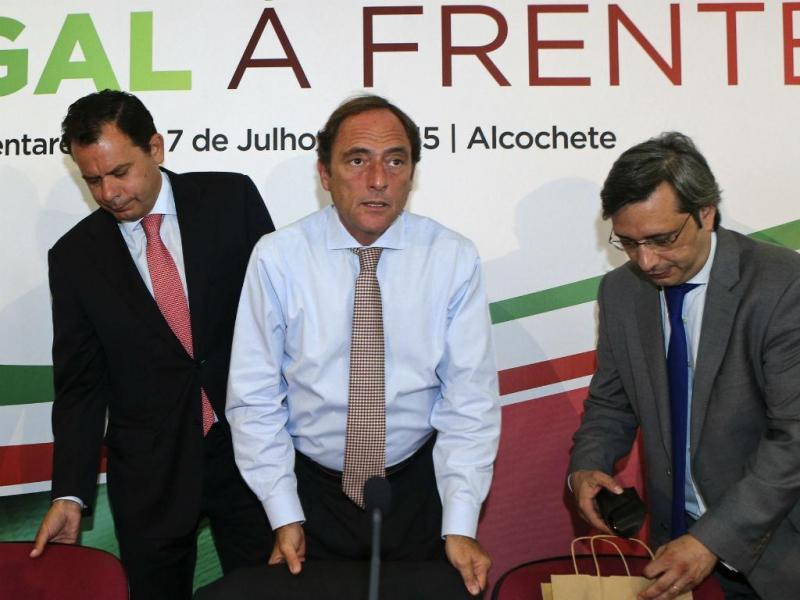 Luís Montenegro, Paulo Portas e Nuno Magalhães [Lusa]