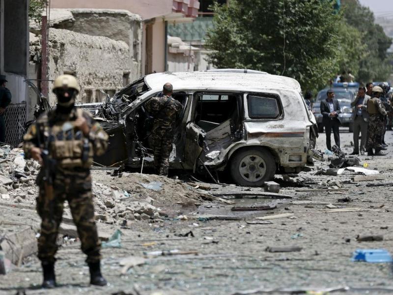 Bombista suicida ataca NATO em Cabul