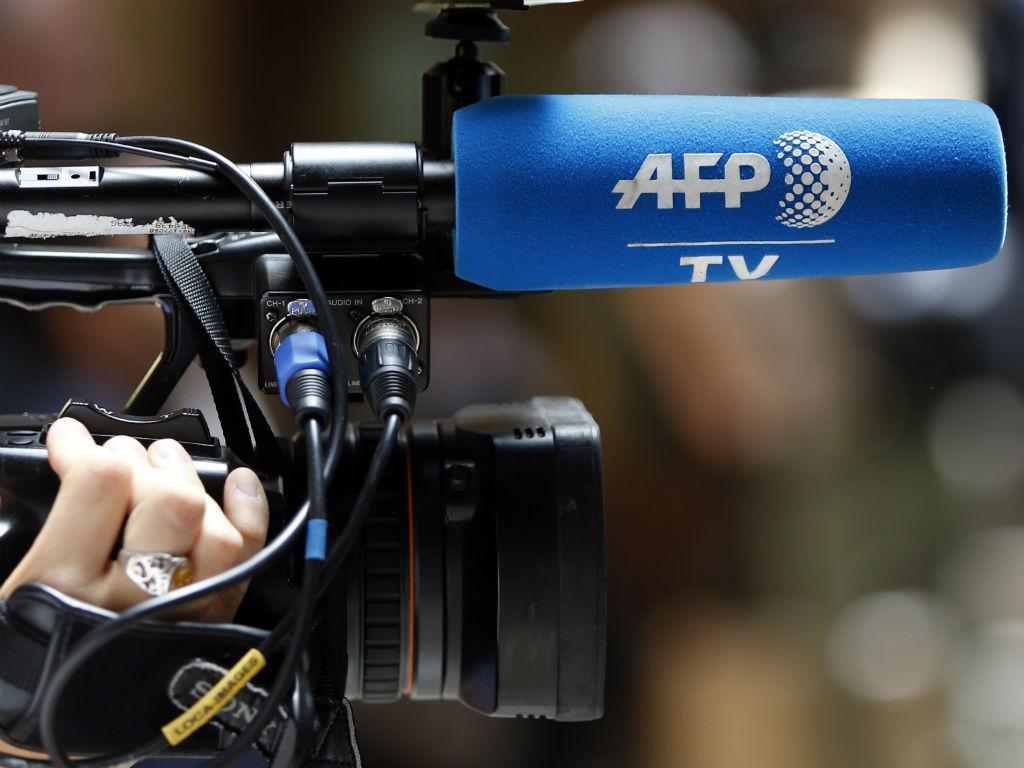 Câmara de televisão (Reuters)