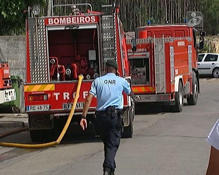 Incêndio em garagem faz 10 feridos na Trofa
