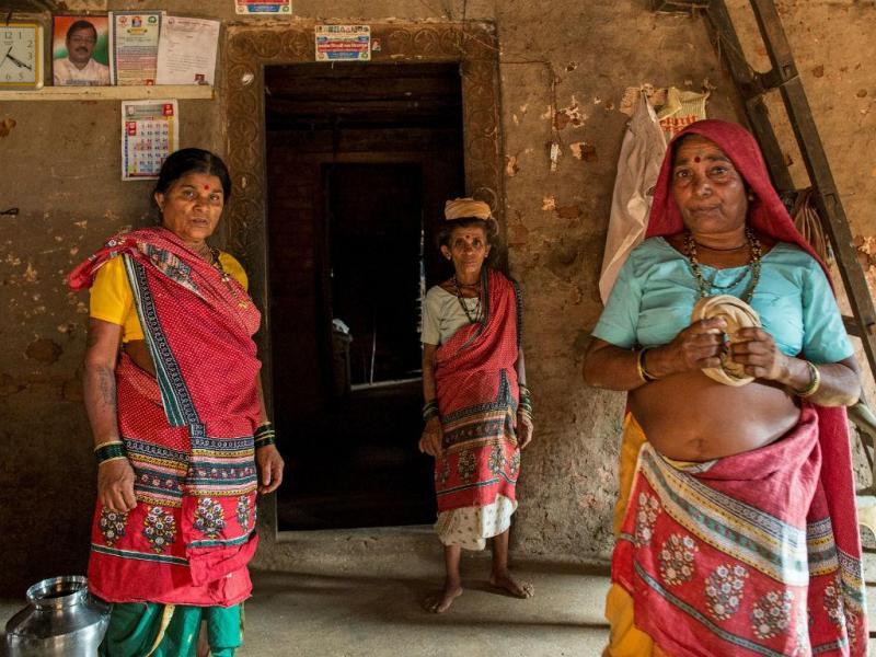 Indianos casam com várias mulheres para combater a seca