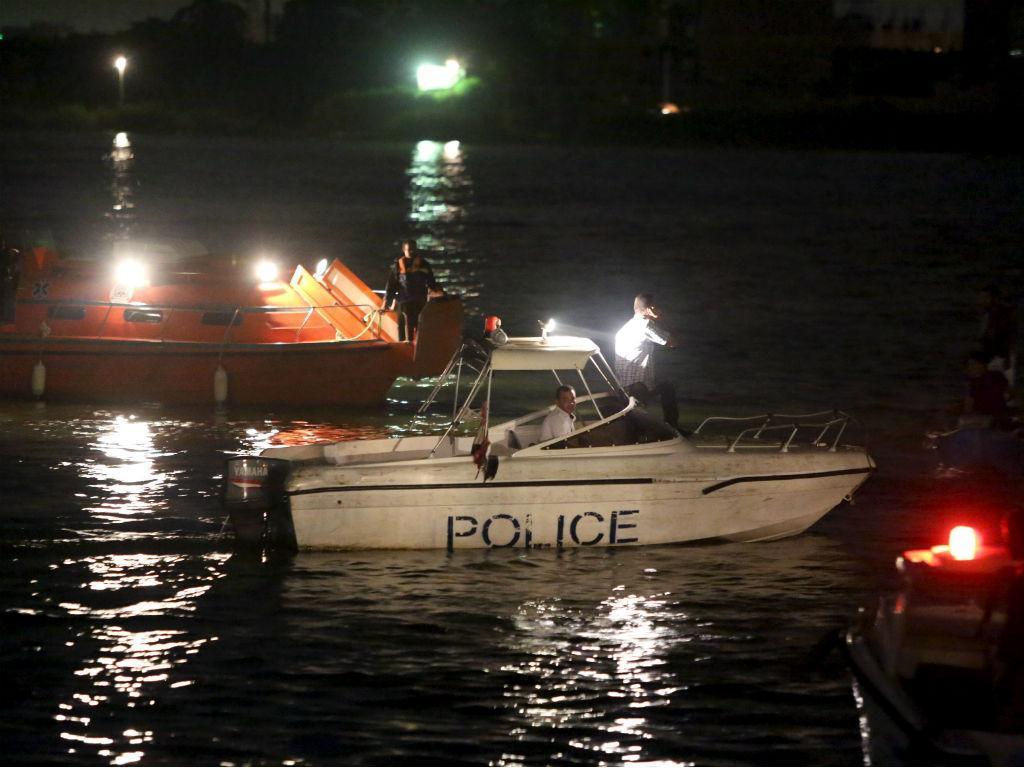 Buscas no Rio Nilo após naufrágio (REUTERS)