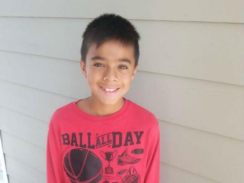 Mathew Flores, o rapaz que lia publcidade por não poder comprar livros
