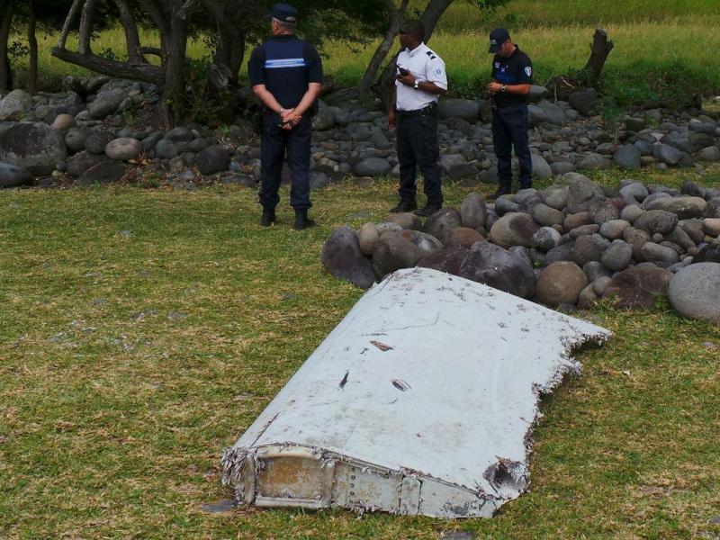 Encontrados destroços que podem ser do voo MH370 (Reuters)