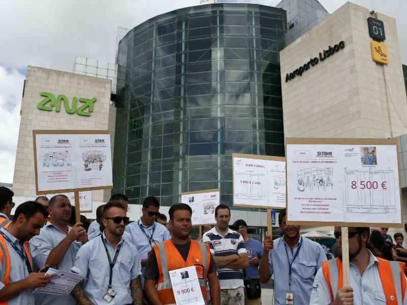 Manifestação dos trabalhadores da Groundforce (LUSA)