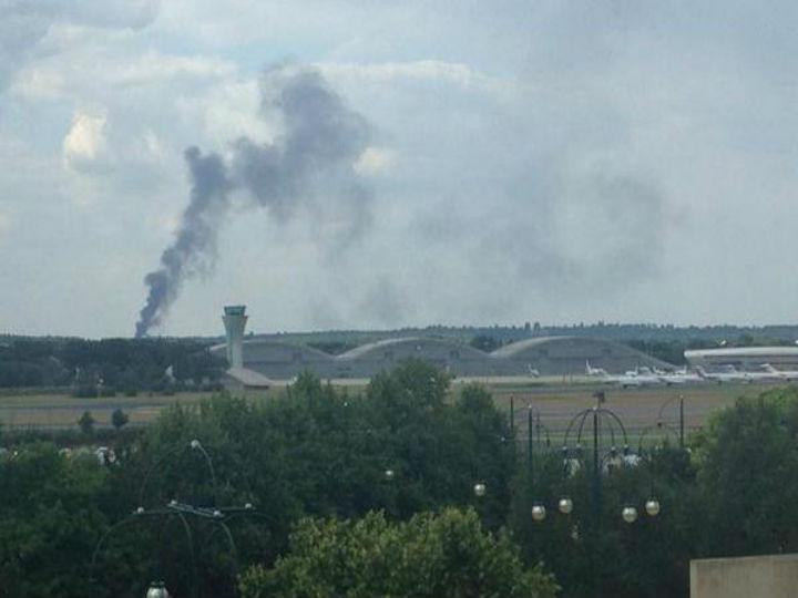 Avião despenhou-se no aeroporto de Blackbushe [Twitter ]