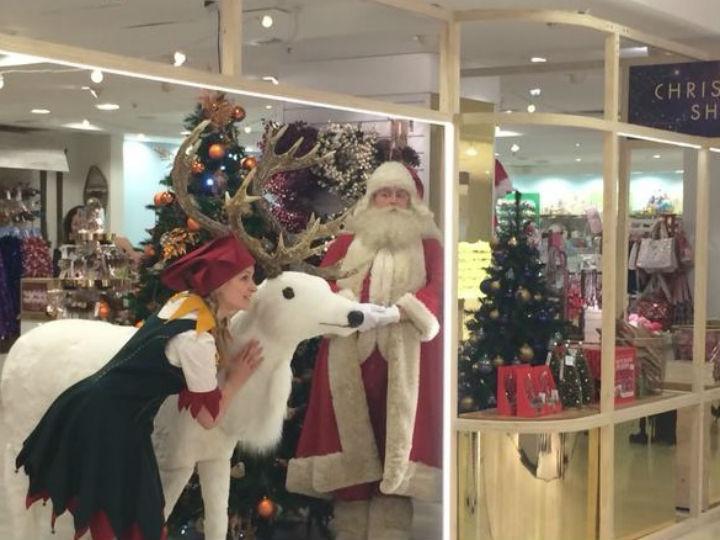 O natal chegou mais cedo à loja britãnica Selfridges