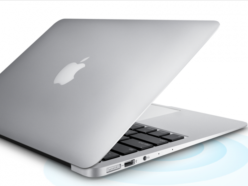 MacBook - Apple