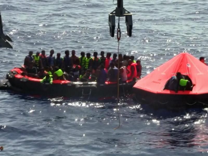 Naufrágio na costa da Líbia