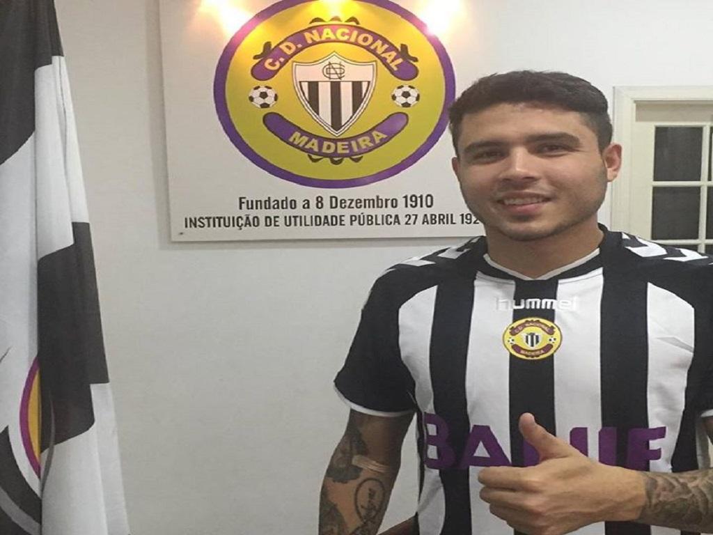 Nacional confirma Zezinho por empréstimo até ao final da temporada