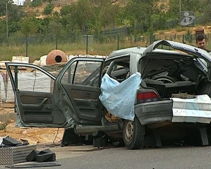 Dois mortos e quatro feridos graves em choque frontal na EN125