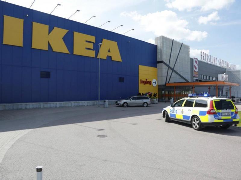 Ataque em loja do IKEA faz dois mortos (Reuters)