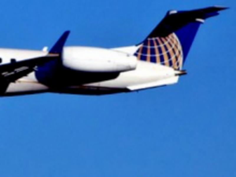 Avião aterra em Indianápolis depois de problema técnico em pleno voo