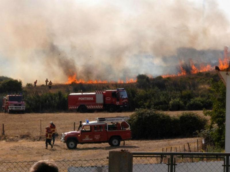 Incêndio em Murteira, Loures [Rui Maurício/euvi@tvi.pt]
