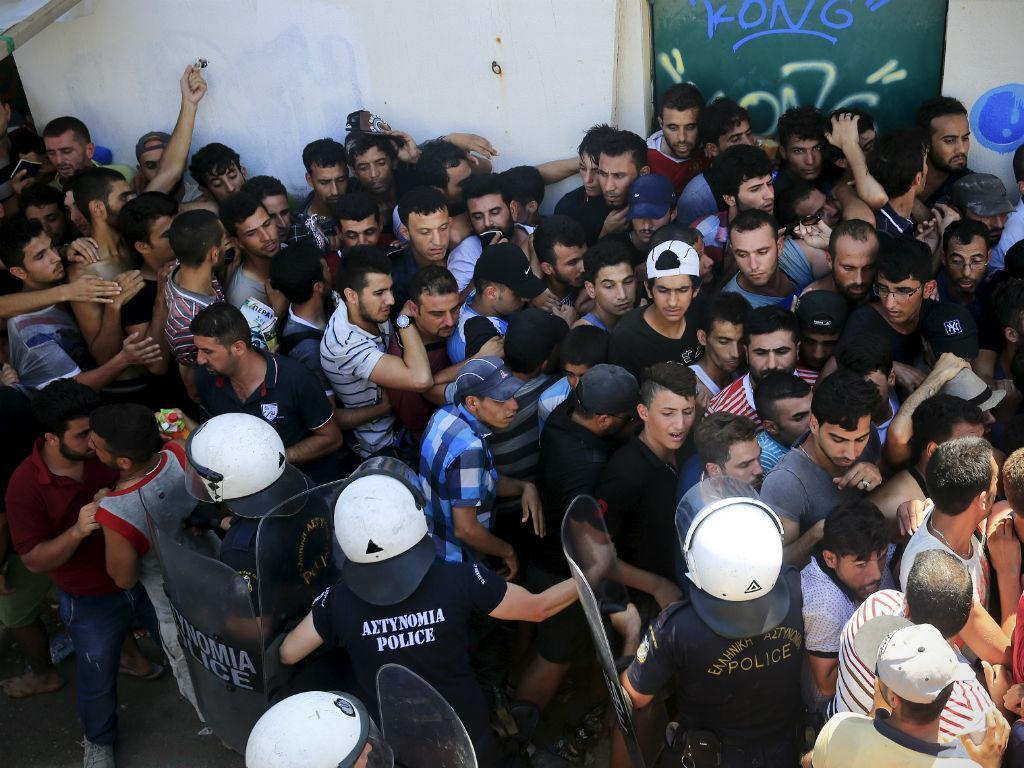 Crise de migrantes na ilha grega de Kos [Reuters]