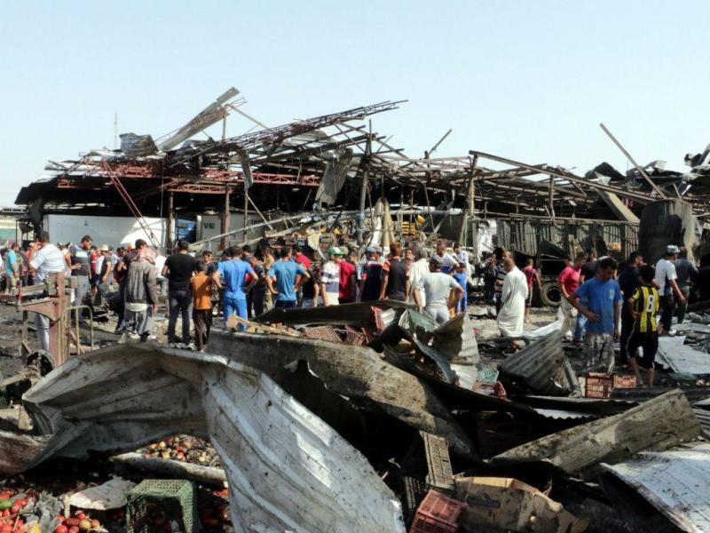 Ataque bombista a mercado iraquiano (EPA/Lusa)